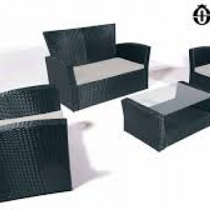 Set divanetto + due poltrone da esterno/interno in rattan nero
